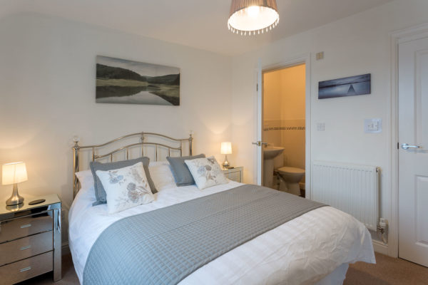 6 Lonsdale House Double bedroom