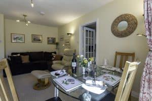 13 Greta Grove House dining