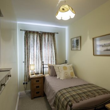 13 Greta Grove House single bedroom