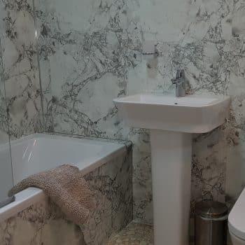 3 Grizedale bathroom